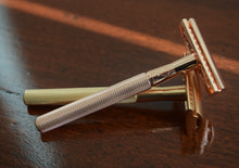 Load image into Gallery viewer, Matt Gold Double Edge Safety Razor