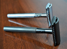 Load image into Gallery viewer, Matt Black Double Edge Safety Razor