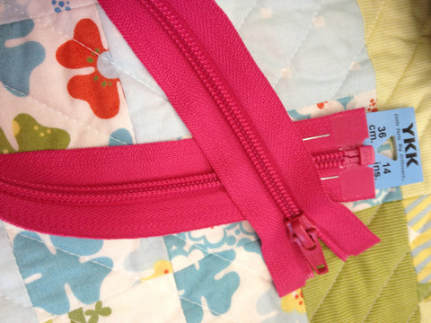 YKK Nylon Open End Zip 36cm 14inch: Shocking Pink (516)