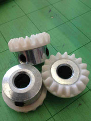 Double Screw Hook Gear