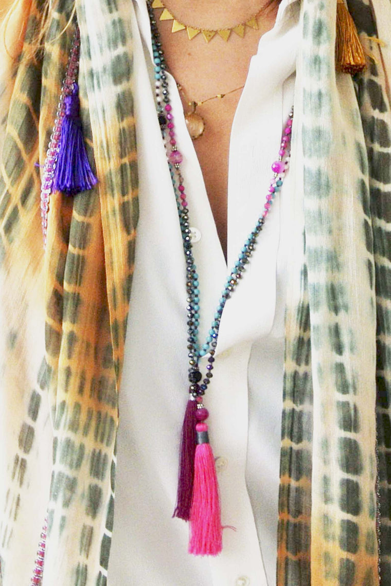 TASSEL NECKLACE FUSIA