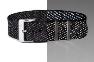 "Single Pass Strap ""The Black Reflector"""