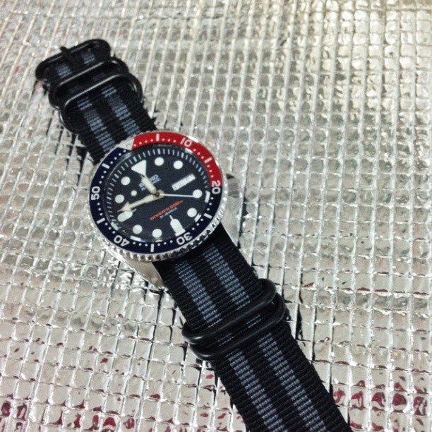 "Extra Long PVD Zulu Strap 5-ring Black and Gray ""James Bond"" - Cheapest NATO Straps  - 4"
