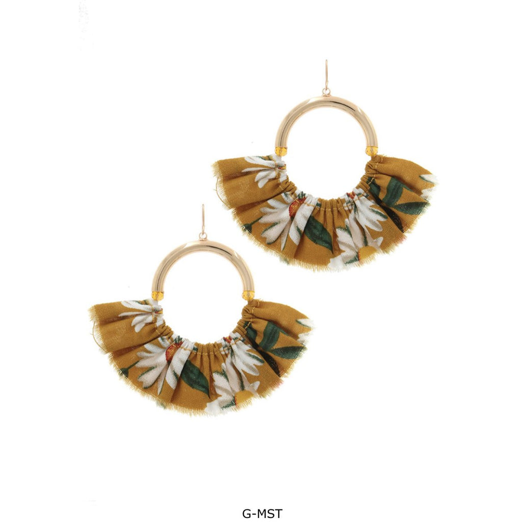 FLORAL PATTERN FAN EARRING