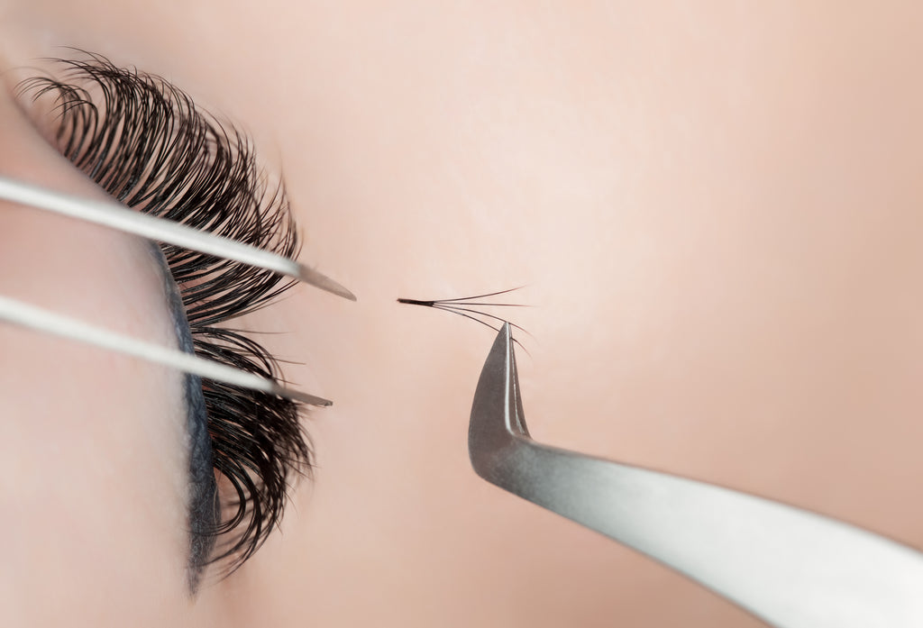 Where is the Lash Industry headed? Pre-mades, Pro-mades, & Crystallization