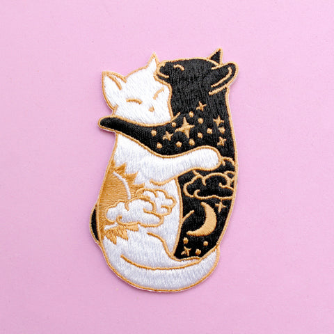 Day & Night Hugging Cats Iron-on Patch