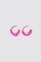 Load image into Gallery viewer, FUCHSIA RUBBERIZED TRIPLE SILVER EARRINGS