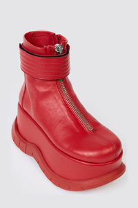 RED ZIPPED PLATFORM BOOTS