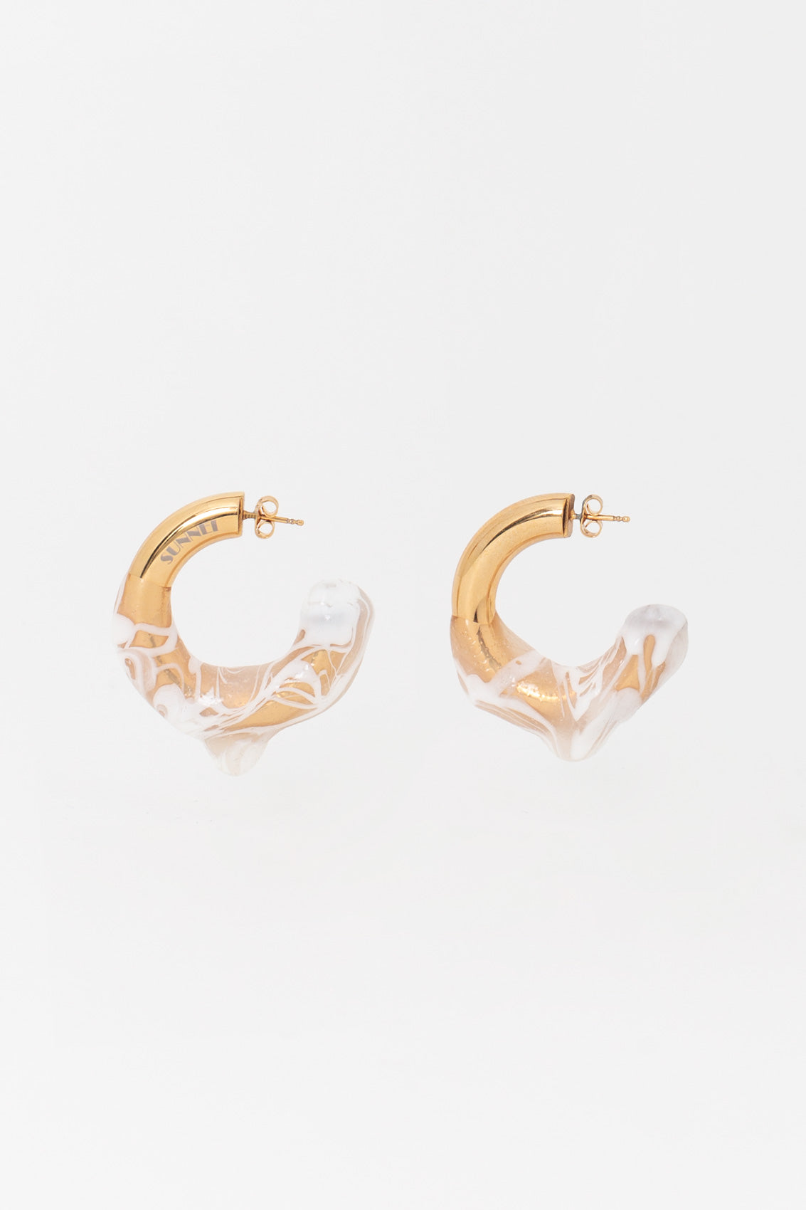 SEE-THROUGH WHITE RUBBERIZED GOLD EARRINGS