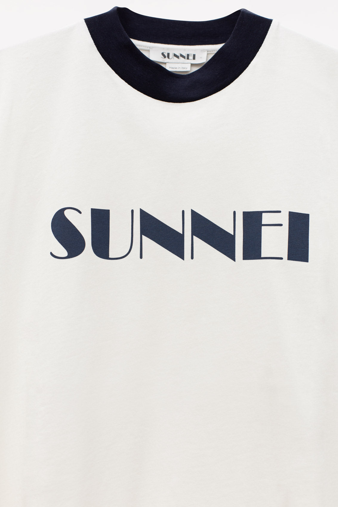 WHITE & BLUE T-SHIRT WITH LOGO