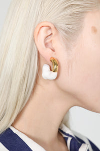 WHITE RUBBERIZED SMALL GOLD EARRINGS