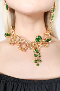 GOLD COLLIER WITH GREEN DETAILS
