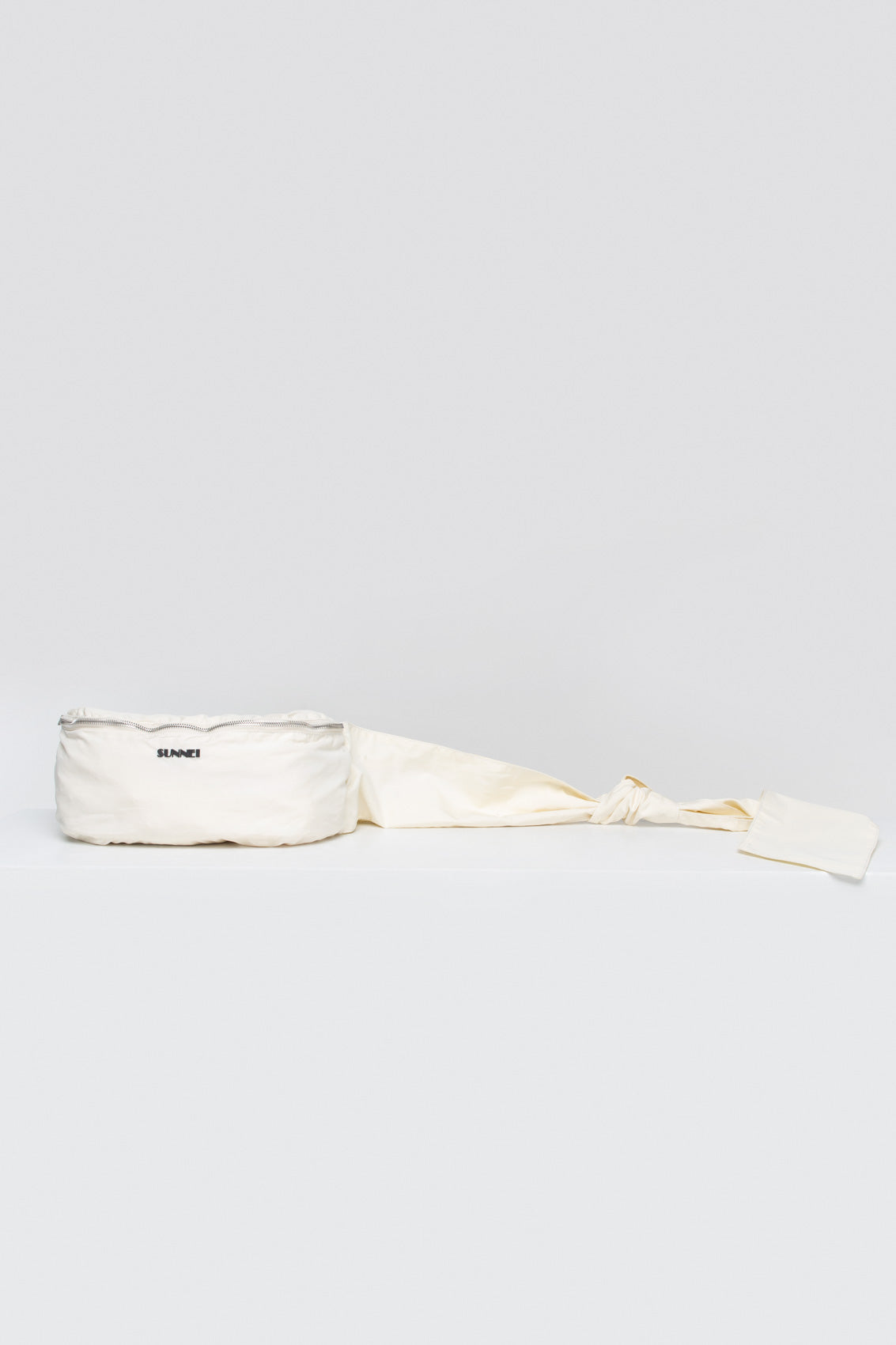 OFF WHITE BELT BAG