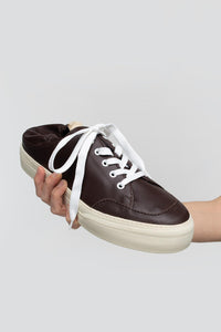 BROWN CLOSED SABOT SNEAKERS