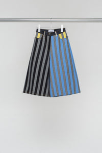 STRIPED LOOSE FIT SHORTS