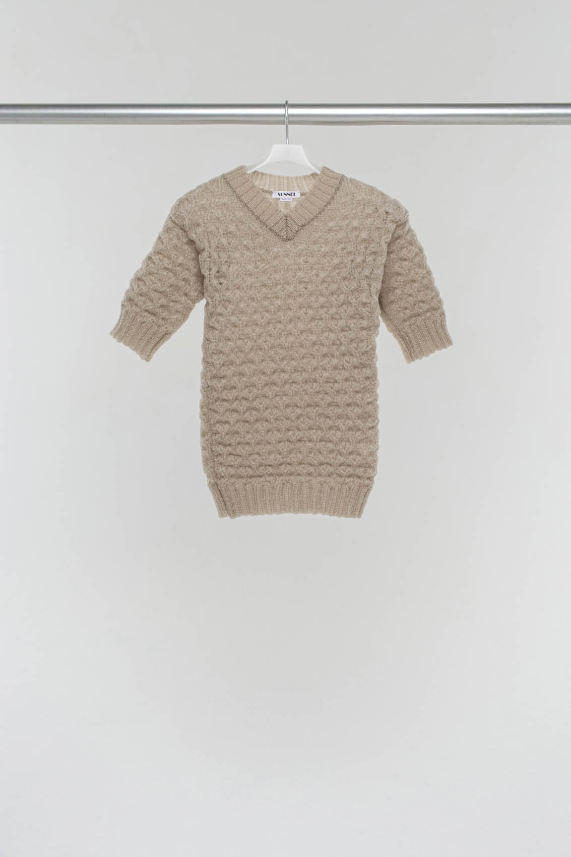 TAUPE V-NECK KNIT T-SHIRT