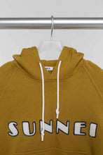 Load image into Gallery viewer, PATCH LOGO CARAMEL HOODIE