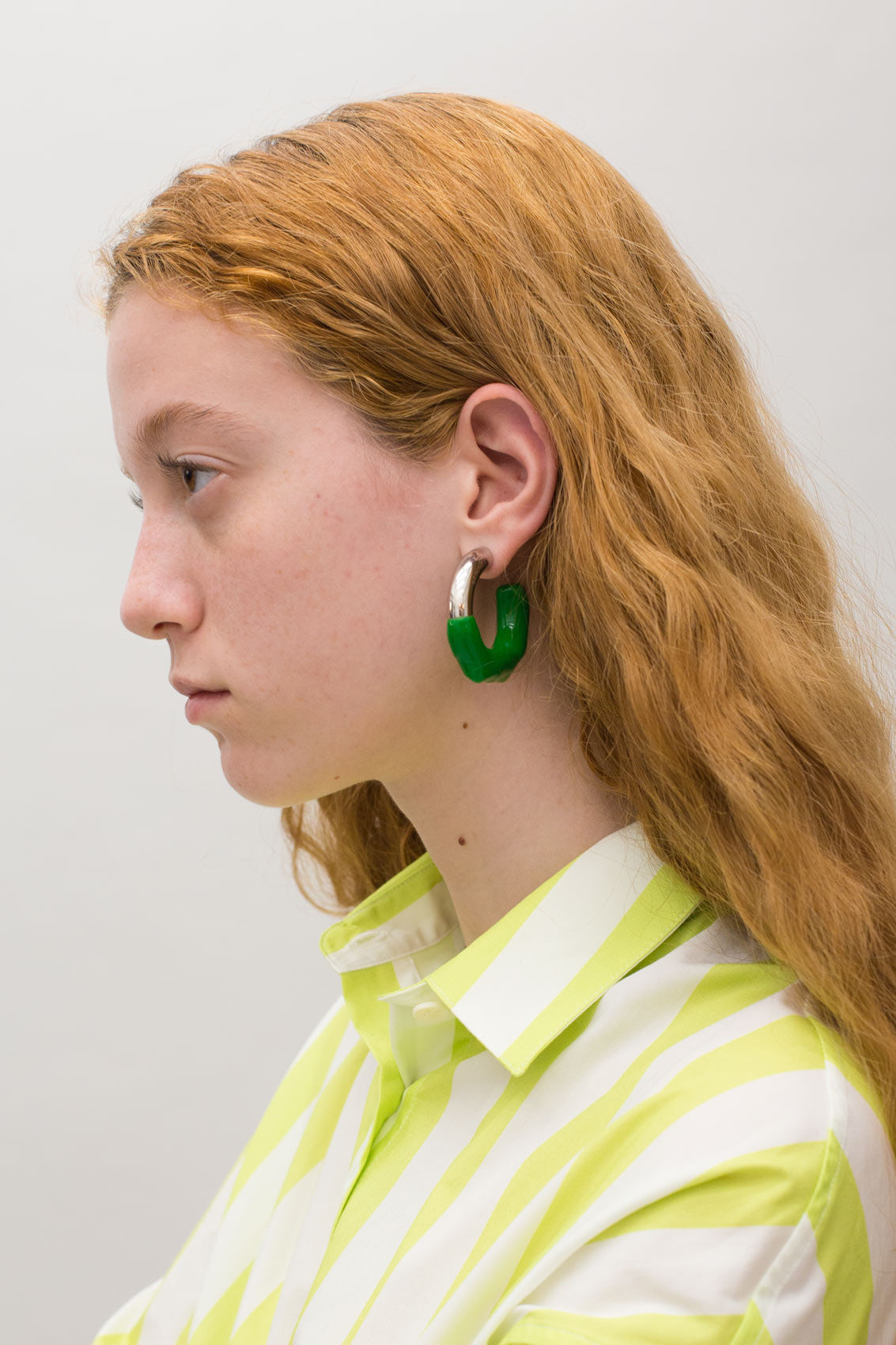 GREEN RUBBERIZED SILVER EARRINGS