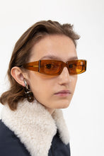 Load image into Gallery viewer, PROTOTIPO 1 CARAMEL SUNGLASSES