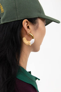 WHITE & CREAM RUBBERIZED GOLD EARRINGS