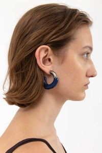 DARK BLUE RUBBERIZED SILVER EARRINGS