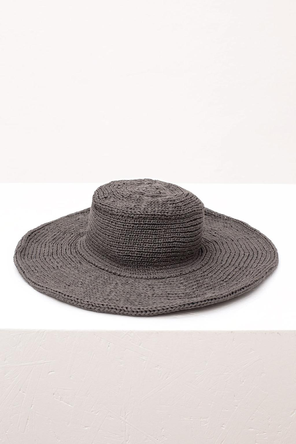 STONE GREY KNIT BUCKET