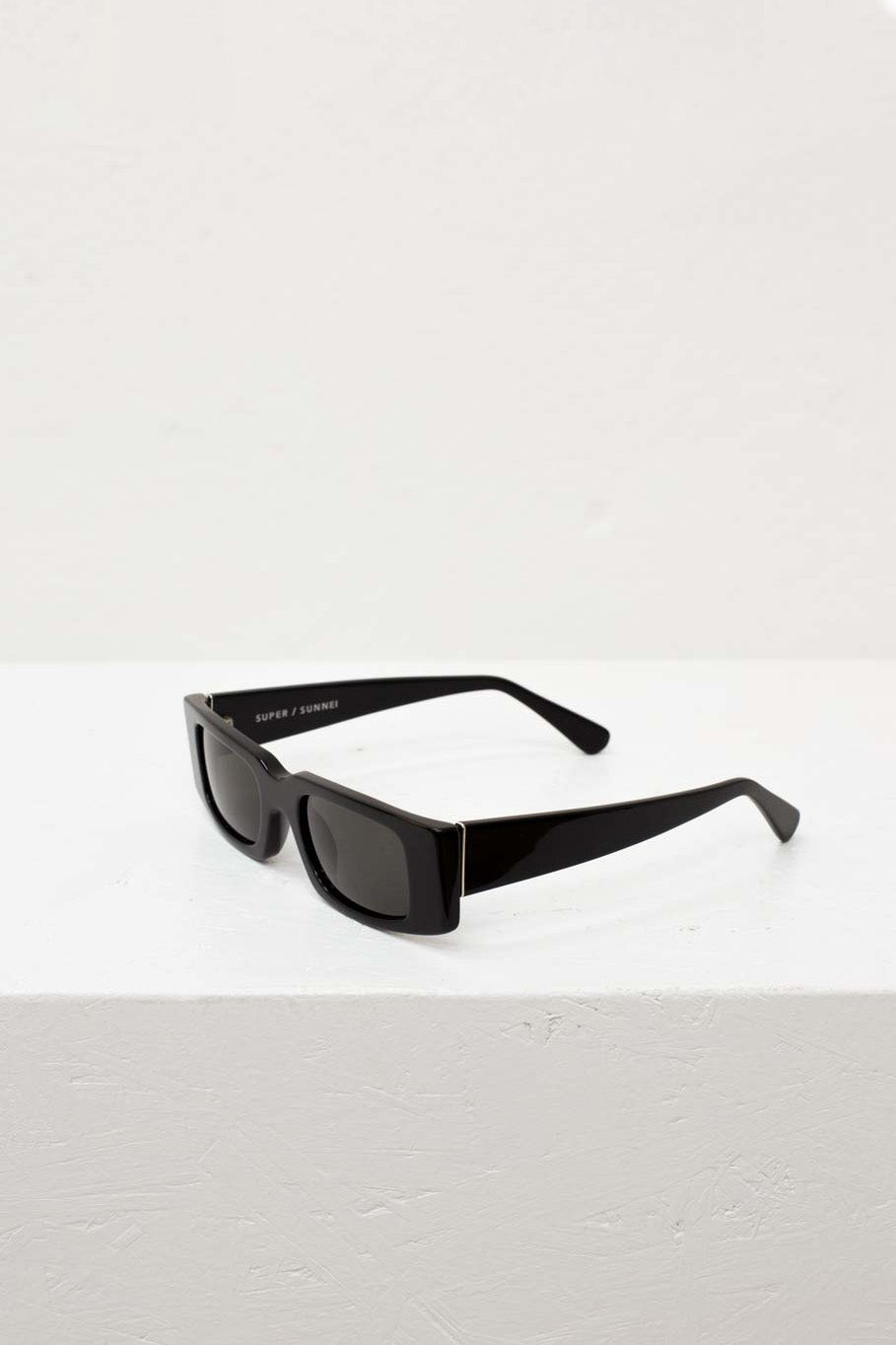 SUPER/SUNNEI BLACK SUNGLASSES