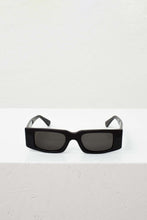 Load image into Gallery viewer, SUPER/SUNNEI BLACK SUNGLASSES