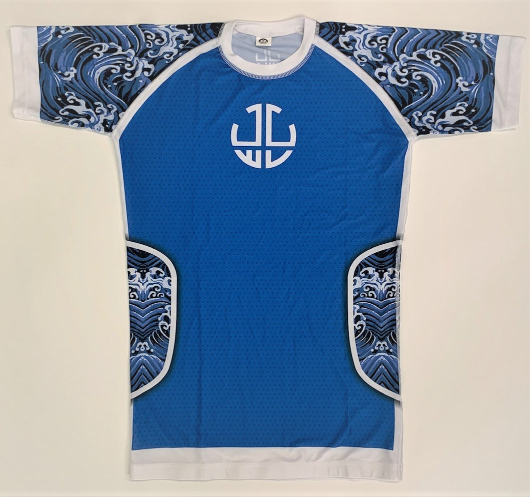 BLUE AND BLACK WAVES SHORT SLEEVES RASH GUARD