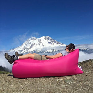 Lightweight Carrying Pouch/Inflatable Couch