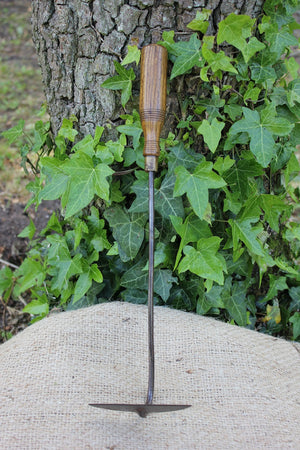 Vintage Long Handled Onion Hoe - The Cottage Gardener
