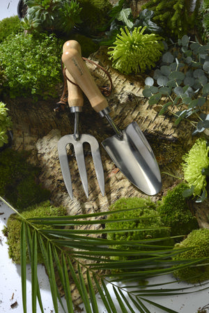 Burgon & Ball Hand Trowel - RHS Endorsed - The Cottage Gardener