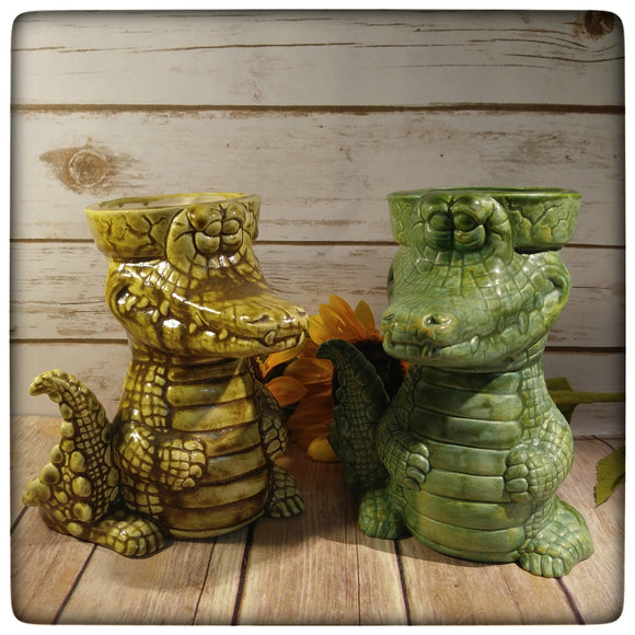 Alligator planter (medium)