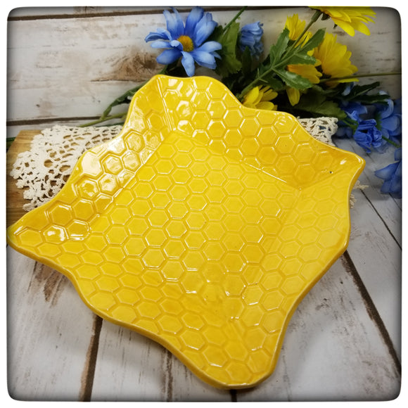 Honeycomb Dish (small square)
