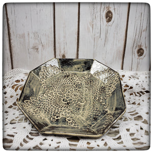 Crocheted Doily Dish (Sharon style; medium octagonal)
