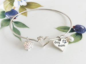 Silver Dog Mom Bracelet - Specialty Beads