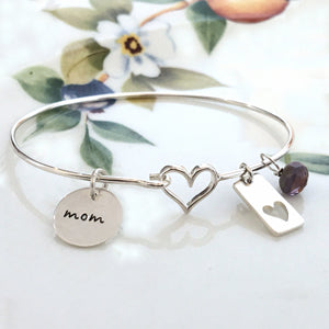Silver Heart Mom Bracelet - Specialty Beads