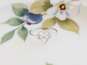 Silver Infinity Heart Ring - Specialty Beads