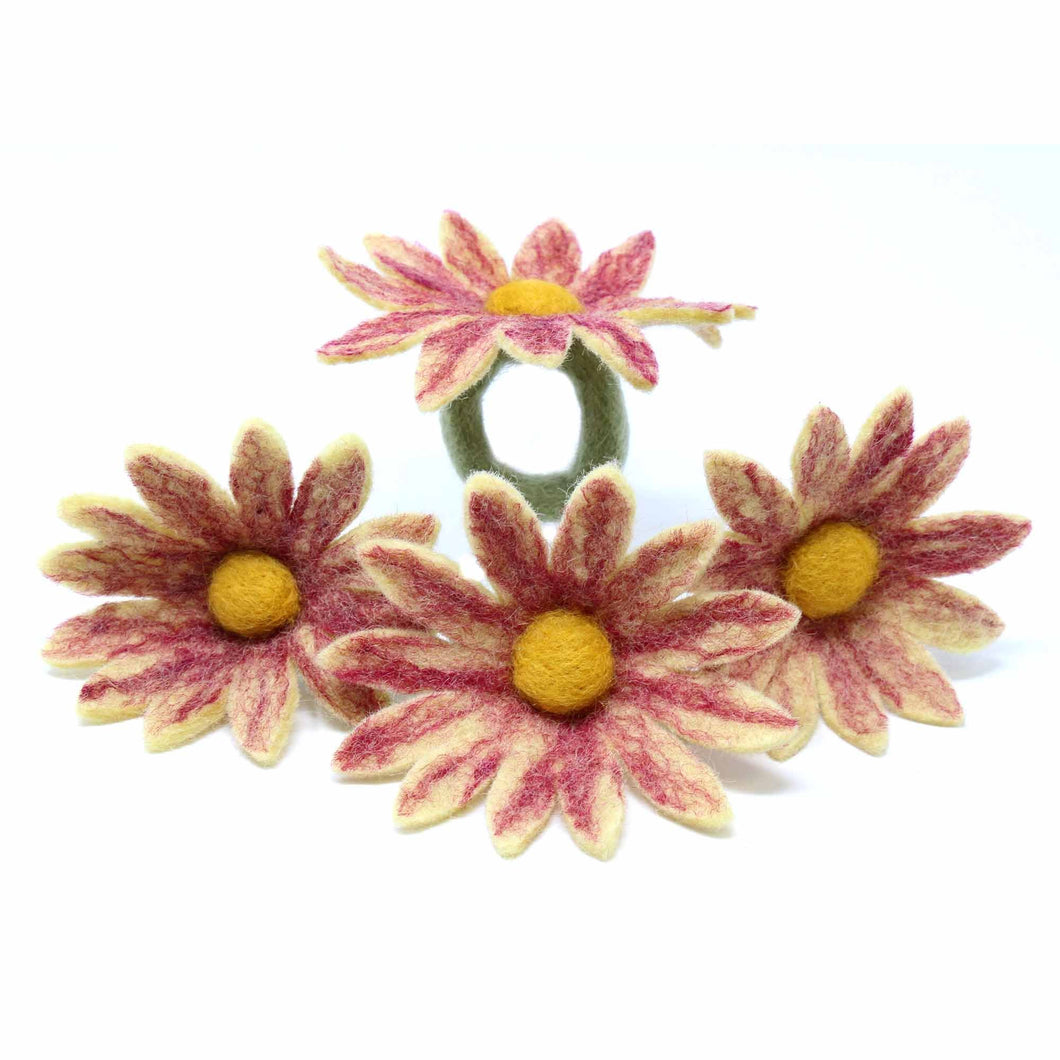 Daisy Napkin Rings - Set of Four Magenta - Global Groove (T) - Urban Hollywood | UrbanHollywood.com