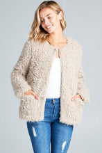 Load image into Gallery viewer, Abby Faux Fur Teddy Jacket