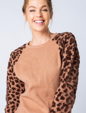 Load image into Gallery viewer, Chasitie Leopard Sleeve Sweater