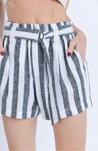 Load image into Gallery viewer, Black&White Striped Linen Shorts