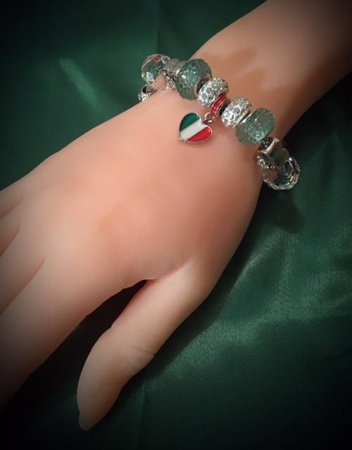 NEW! Trendy Beaded Bracelet in Italian Colors!