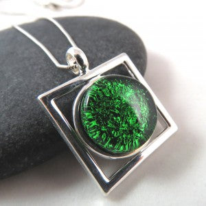 Emerald Square the Circle Necklace (via Glass Elements)