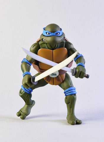Image of Tmnt Leonardo vs Shredder Tartarughe Ninja Neca 18 cm 2 pack
