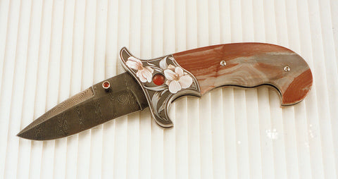 Engraved jasper folding knife9