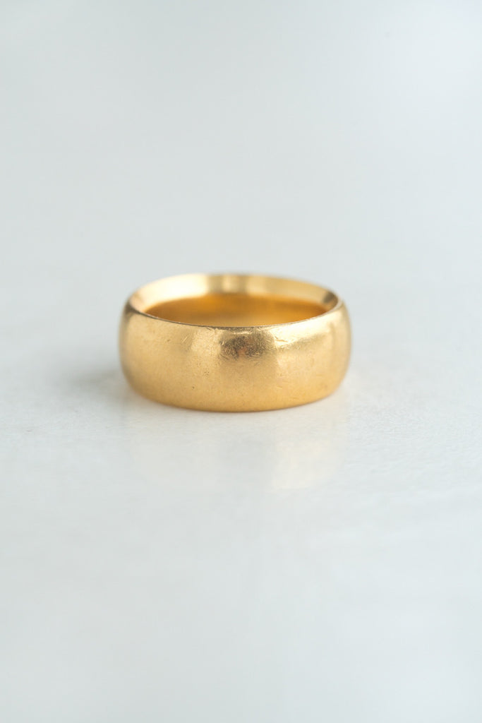Victorian 22k Gold Band