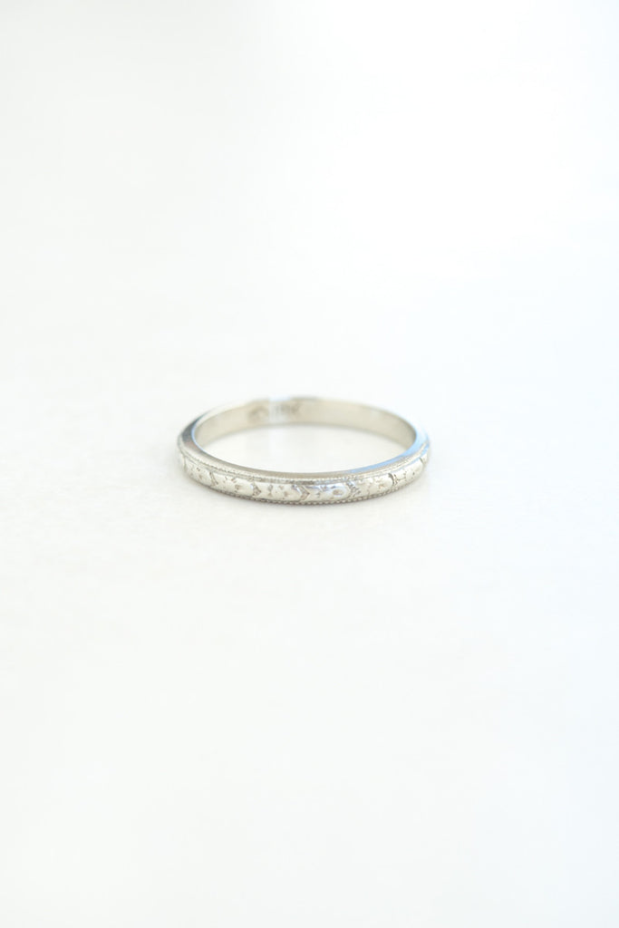 Vintage 18k White Gold Band