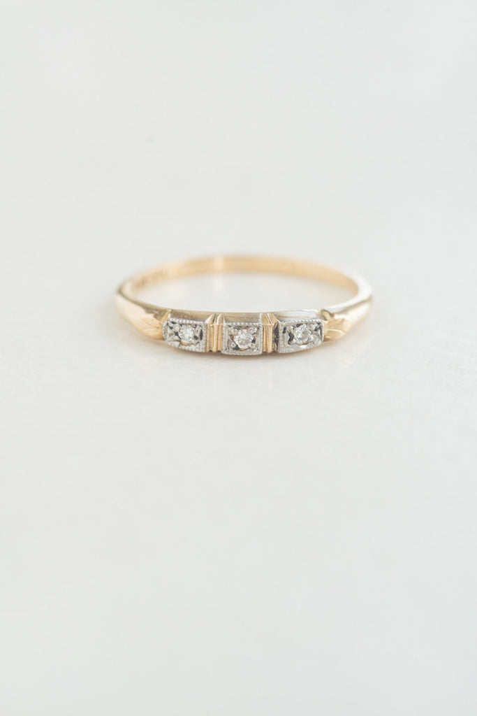 1940s Mid-century Three Stone Diamond Ring