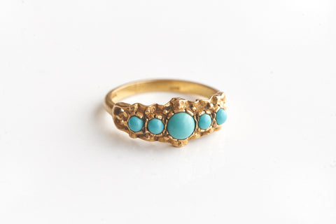 Antique Turquoise and Gold Five-stone Ring
